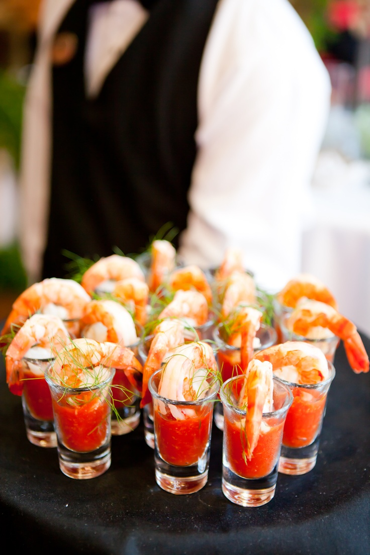 Butler service for Mini prawn cocktail canape
