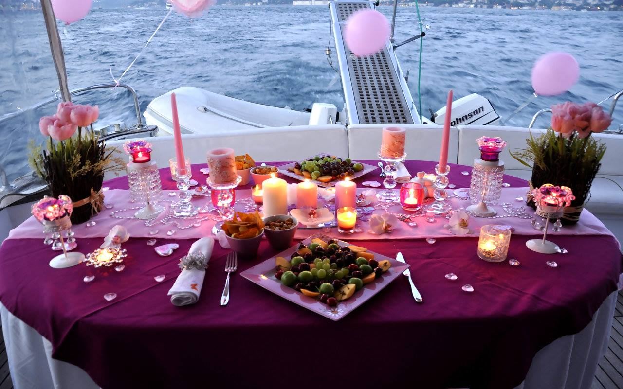 How to plan a romantic anniversary evening at a hotel for 20 year anniversary vacation ideas